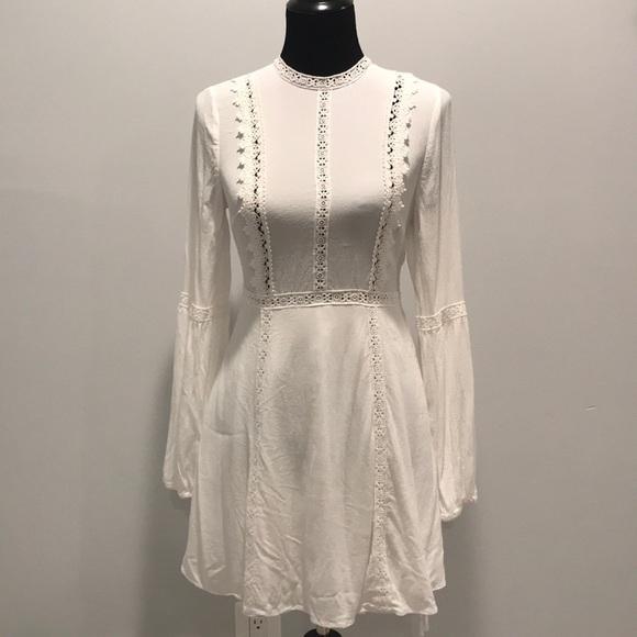 Forever 21 Dresses & Skirts - Forever 21 crochet lace detail dress